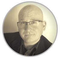 RESIZED-Derek-profile-pic1